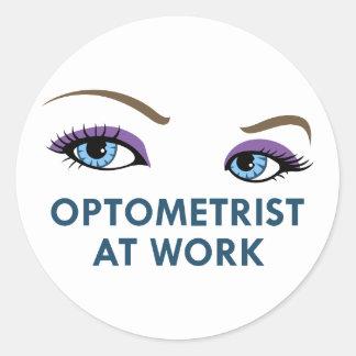 OPTOMETRIST AT WORK CLASSIC ROUND STICKER