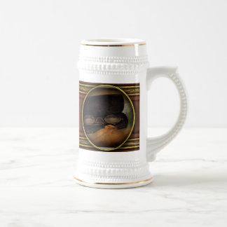Optometrista - vidrios para leer taza de café