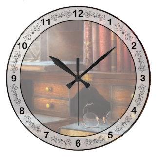 Optometrista - vidrios - trayectorias profesionale reloj