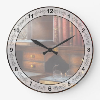 Optometrista - vidrios - trayectorias profesionale reloj redondo grande