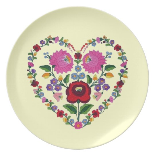 OPUS CHANGEABLE Hungarian Heart Dinner Plate