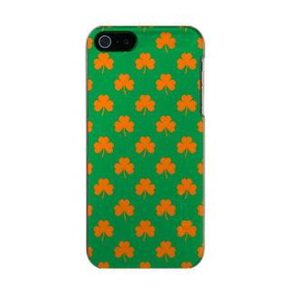 Orange Heart Shamrocks on Irish Green St.Patrick's Incipio Feather® Shine iPhone 5 Case
