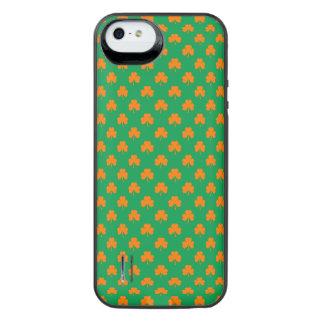 Orange Heart Shamrocks on Irish Green St.Patrick's Uncommon Power Gallery™ iPhone 5 Battery Case