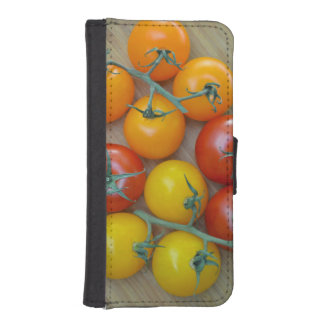 Orange, red and yellow tomatoes wallet phone case for iPhone SE/5/5s