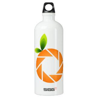 Orange shaped aperture water bottle