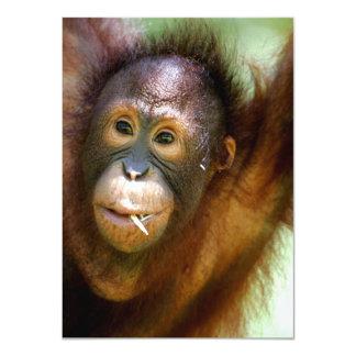 "Orangután colgante invitación 4.5"" x 6.25"""