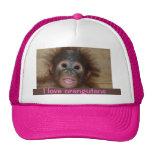 Orangután precioso del bebé gorras