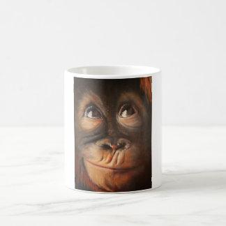 Orangután sonriente de la pintura al óleo del mono taza clásica