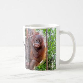 Orangután Uttuh del bebé Taza De Café