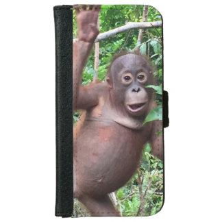 Orangutan Waves Hi in Kalimantan Jungle Wallet Phone Case For iPhone 6/6s