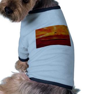 Orbe ardiente del agua camiseta con mangas para perro