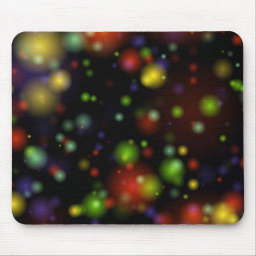 Orbes nebulosos coloridos lejos en el cosmos alfombrilla de ratones