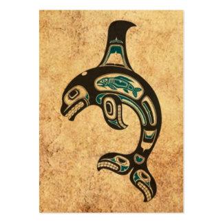 Orca azul y negra envejecida del alcohol del Haida Tarjetas De Visita Grandes
