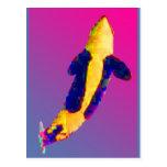 Orca de la orca que viola en colores brillantes postal