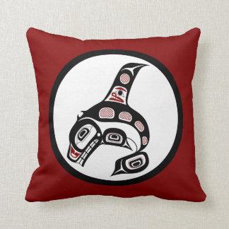 Orca del noroeste del arte del Haida de la Costa Cojín