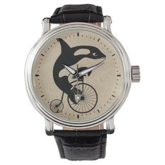 Orca en la bici del vintage relojes de mano