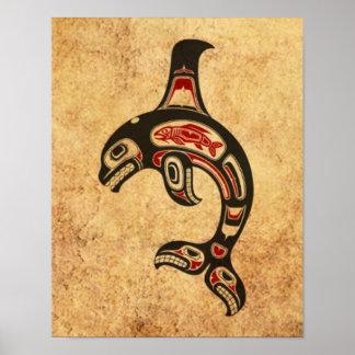 Orca roja y negra envejecida del alcohol del Haida Posters