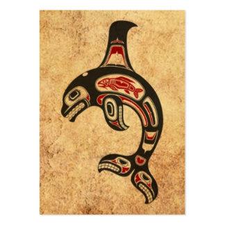 Orca roja y negra envejecida del alcohol del Haida Tarjetas De Visita Grandes