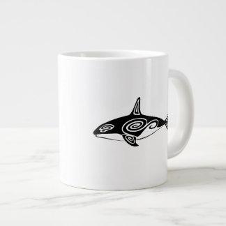 Orca tribal taza de café grande