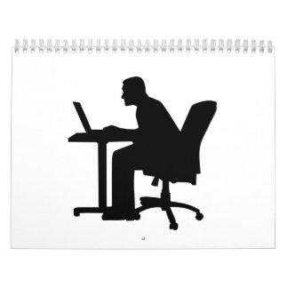 Ordenador del escritorio de oficina calendario