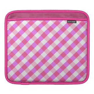 Ordenador portátil del modelo rosado de la tela es manga de iPad