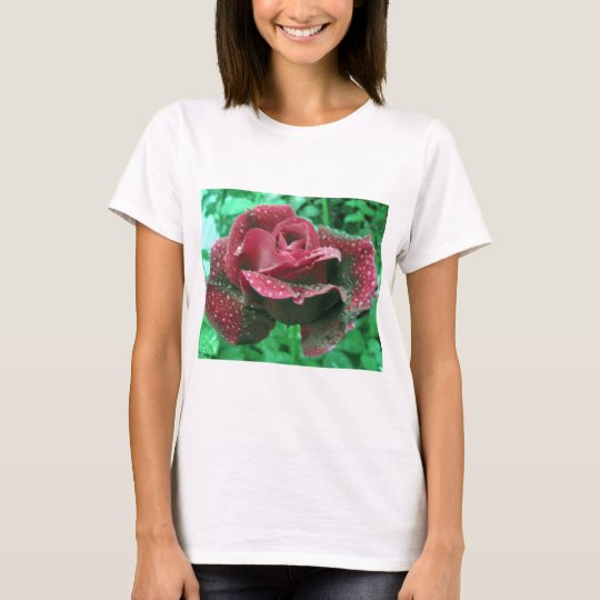 Oregon rose covered in raindrops T-Shirt