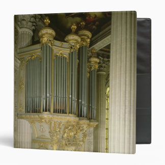 Organ in the chapel binder