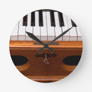 Organ keyboard clock