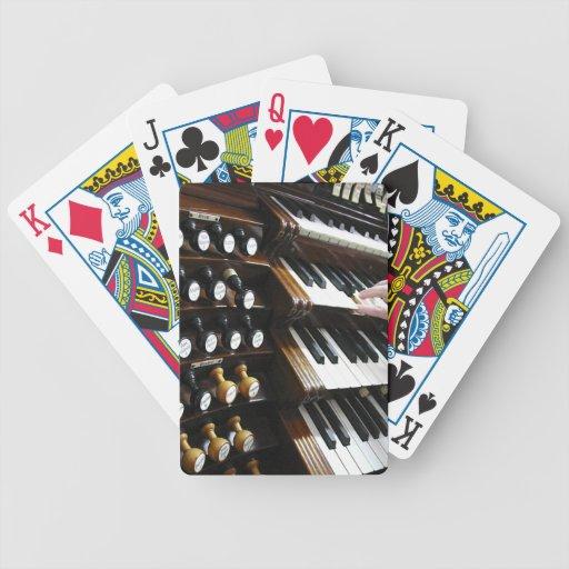 Organ keyboard playing cards