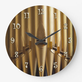 Organ pipes round clock