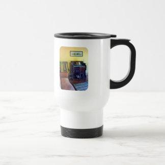 Órgano con la lámpara de huracán tazas de café
