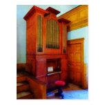 Órgano en iglesia postal