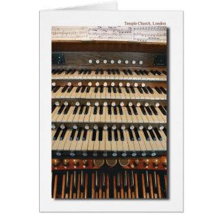 Órgano en la iglesia del templo, tarjeta de