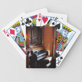 Órgano en sala de estar baraja de cartas