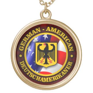 Orgullo Alemán-Americano Collar Dorado