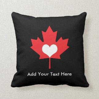Orgullo canadiense - hoja de arce de Canadá del Cojín