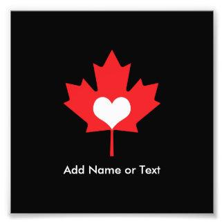 Orgullo canadiense - hoja de arce de Canadá del Fotografías