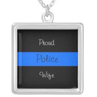 Orgullo de la esposa de la policía colgante cuadrado