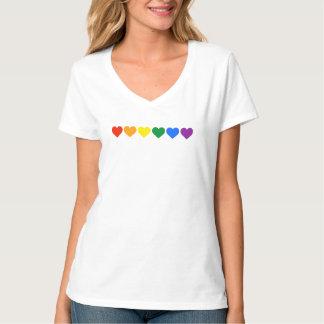 Orgullo de los corazones del arco iris - colores camisas
