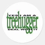 Orgullo de Treehugger Pegatina Redonda