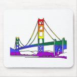 Orgullo del arco iris de puente Golden Gate Alfombrillas De Ratones