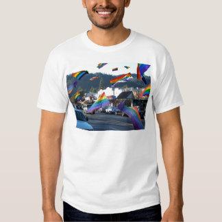 Orgullo del arco iris sobre Guerneville/el río Playeras