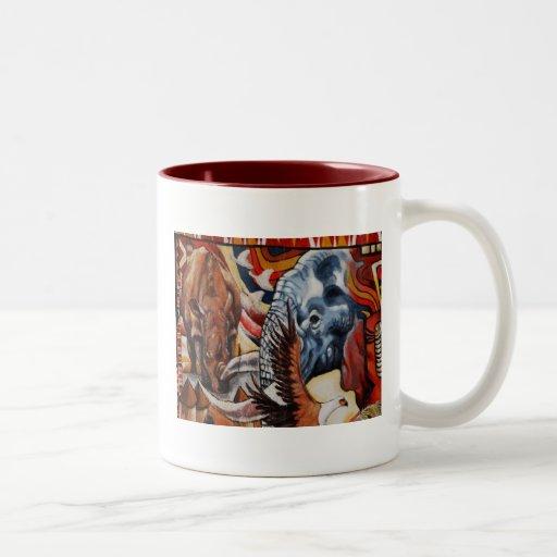 Orgullo del elefante taza dos tonos