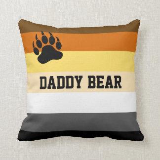 Orgullo del oso de la diversión cojín