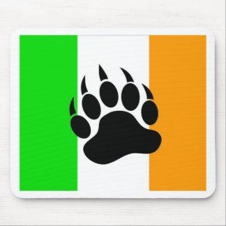 Orgullo del oso del irlandés alfombrillas de ratón