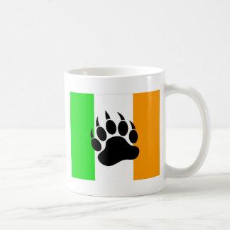 Orgullo del oso del irlandés taza de café