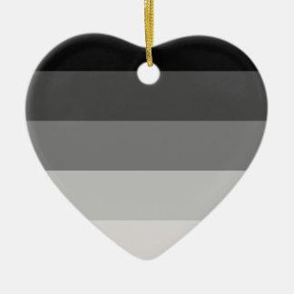 Orgullo recto adorno de cerámica en forma de corazón