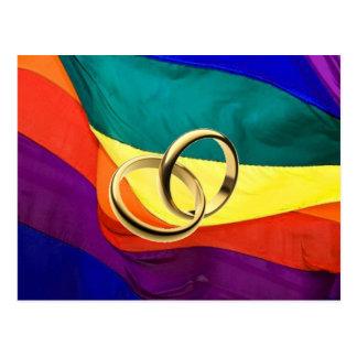 Orgullo y boda postal