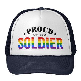 Orgulloso de mi bandera gay del arco iris del gorro de camionero