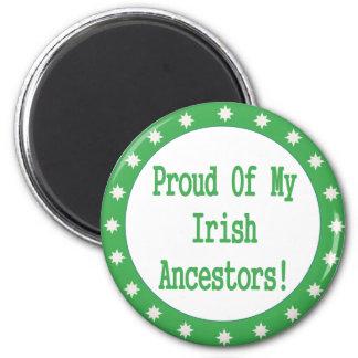 Orgulloso de mis antepasados irlandeses imán redondo 5 cm